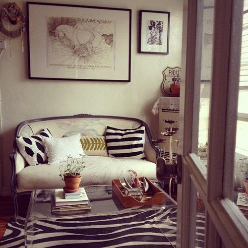 Find This Pin And More On At Home | Studio Apartments By Thelovelyside.