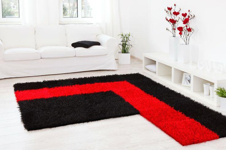flexible L-Form in schwarz und rot  - Teppich Al Mano