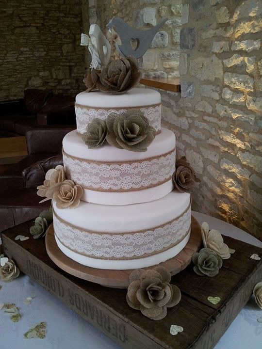 Rustic Burlap Hessian Wedding Cake. Burlap & lace bands with hessian flowers all handmade.