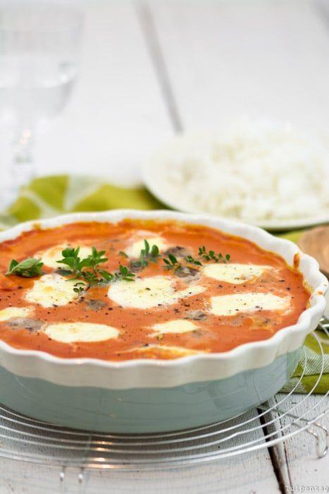 frikadellen-kokos-tomaten-sauce-tomatensosse https://www.tulpentag.de/