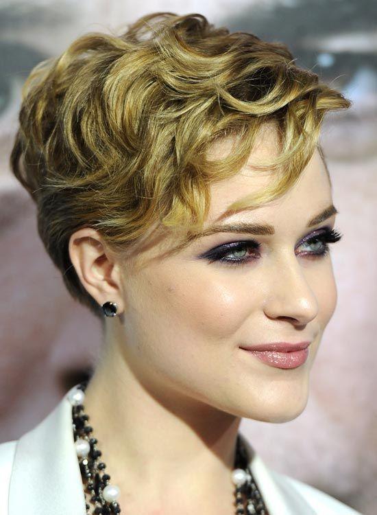 Layered, wellige Frisur - Cute Kurzhaarschnitt für Frauen