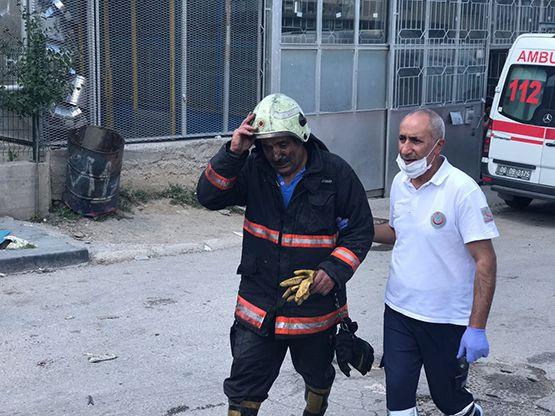 Başkentte bir iş yerinde meydana gelen patlamada 2 kişi öldü, 4 kişi yaralandı.