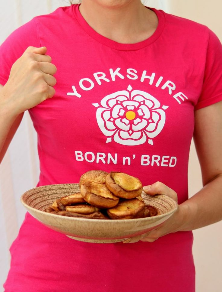Did you know that the Yorkshire pudding was traditionally served as a starter with gravy? I'm a Yorkshire girl and I honestly didn't know this until I spent my first Christmas dinner with my in laws. However, my favourite kind of Yorkshire pudding is a giant one, full of veg, meat and holds the gravy […]