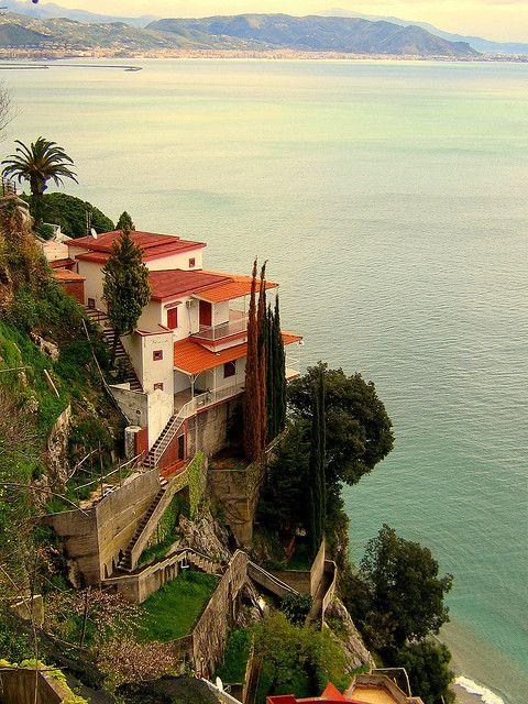 Seaside villa  Between Cetera and Vietri Sul Mare (Amalfi Coast, Italy)