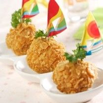 CHICKEN PRAWN CHEESE CORNFLAKE http://www.sajiansedap.com/mobile/detail/14053/chicken-prawn-cheese-cornflake