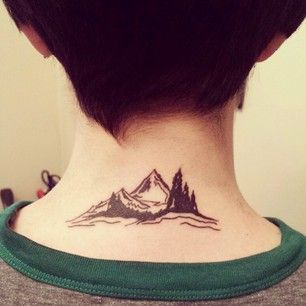 Esta cordillera en el cuello. | 25 Magníficos tatuajes para cualquier amante de la naturaleza