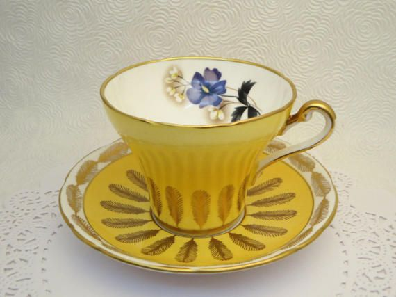 ROYAL STAFFORD TEACUP Yellow Feathers Gilded Art Deco