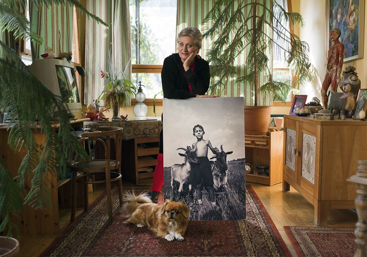Horváth M. Judit - Famous hungarian photographers posing with their most iconic works.