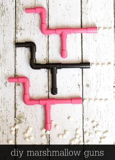 DIY Marshmallow Guns tutorial - the kids LOVE these! { lilluna.com }
