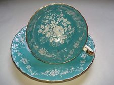 AYNSLEY Tea Cup and Saucer OBAN Shape Turquoise Color White Lacy Roses England