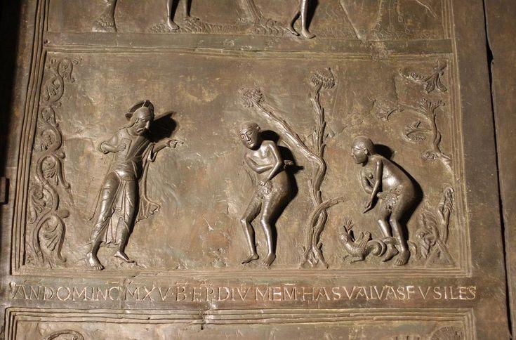 """Hildesheimska katedrala iz 11. st., brončana vrata - otonska umjetnost (,,umjetnost geste"""")"""