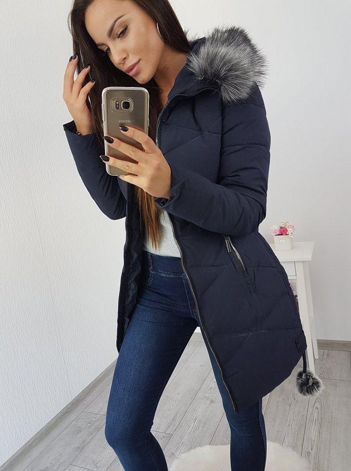 59ac3e3c7541 Dámska prešívaná zimná bunda s kapucňou a kozušinkou