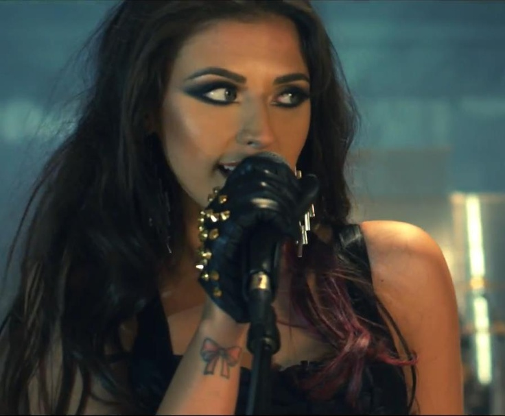 Antonia, singer