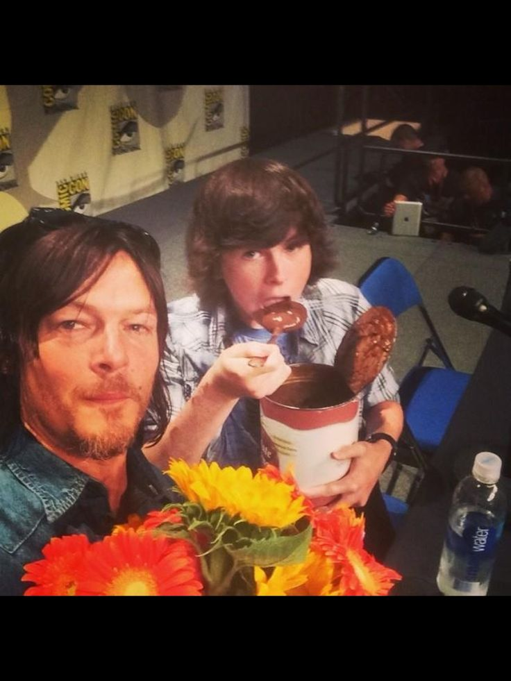 chandler riggs and norman reedus 2014 images galleries with a bite. Black Bedroom Furniture Sets. Home Design Ideas