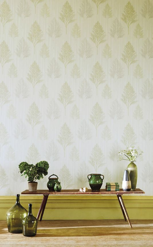 Fern leaves sketched in pencil adds a truly natural look to any interior. Angelica wallpaper by Harlequin