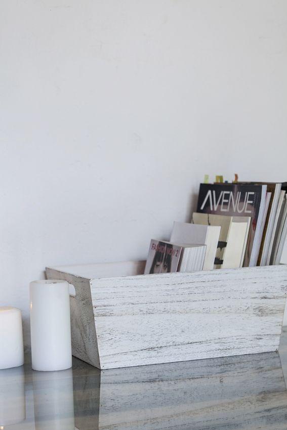 Cajas de madera y velas en muy mucho #cajas #madera #muymucho #decapado #blanco #rozado #orden #velas #blanco