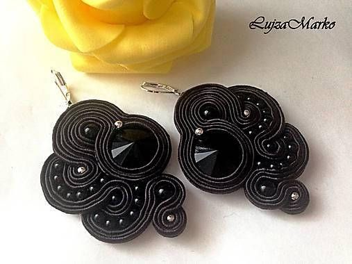 Black soutache earring