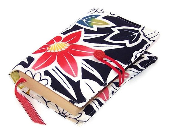Book Cover RED HIBISCUS in Vintage Kimono by WhimsyWooDesigns, £16.00 #craftyfolk