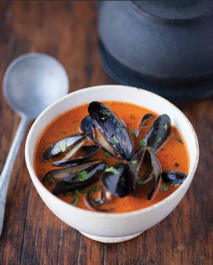 Penn Cove Mussels in Thai Red Curry Broth #mussels #curry # ...