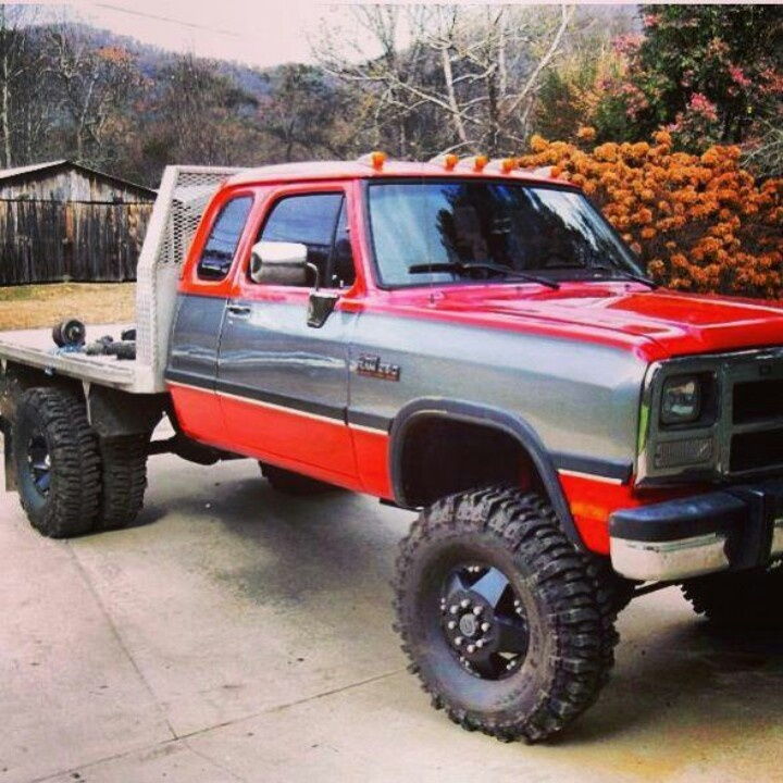Dodge clubcab, Dually 4x4 flatbed