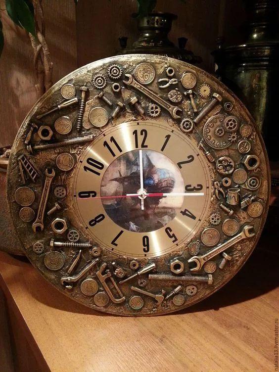 Фото: Настенные часы в стиле стимпанк