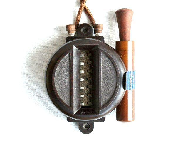 1930 フランス アンティーク 電気ライター ビストロ 壁付け オイルライター カフェ ベークライト 古道具 アトリエ オブジェ ヴィンテージ_画像1
