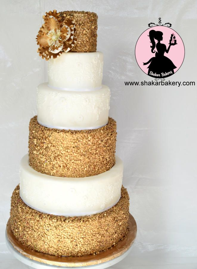 Gold Sequin Cake Decoration : 17 Best images about Cake Design for Gold Sequin, Burgundy ...