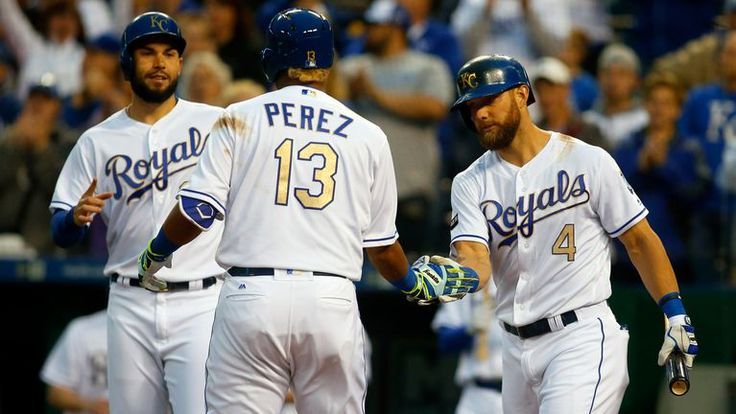 Eric Hosmer (left), Salvador Perez and Alex Gordon  (right) already have Gold Gloves in their trophy cases. Lorenzo Cain (not pictured) seeks his first. ⚾️