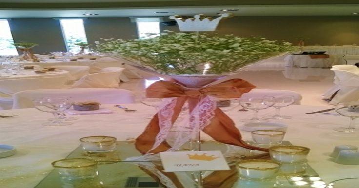 Βάπτιση κοριτσιού με χρυσές αποχρώσεις σε μεγάλα ποτήρια Μαρτίνι