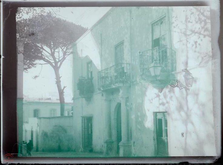 Casa de los Puche en Almería (1920-1936). Autor: Leopoldo Torres Balbás (vidrio, negativo, 100x85 mm, Gelatino Bromuro). Fuente: Colección de fotografías del Archivo del Patronato de la Alhambra y Generalife.