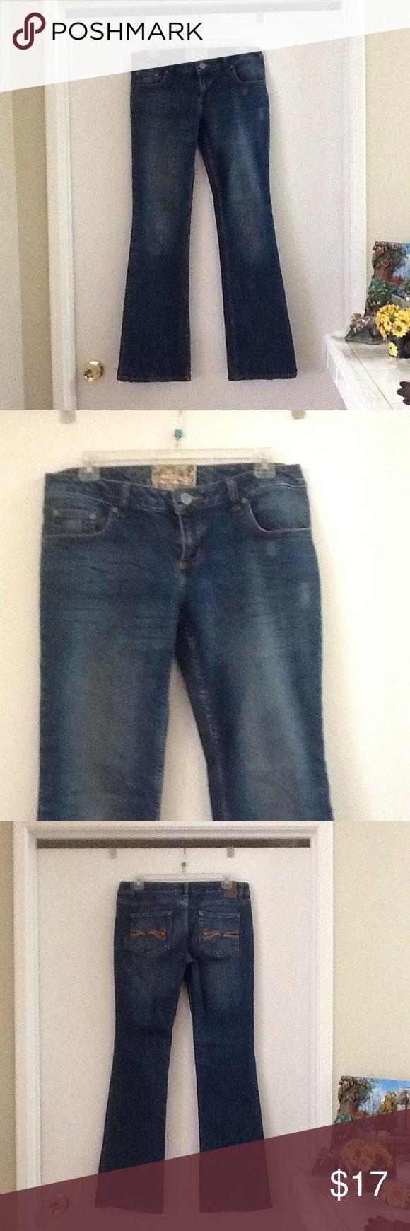 American Rag Blue jeans pants American Rag Blue jeans pants , decorated back pocket, 99% cotton, 1% spandex American Rag Jeans