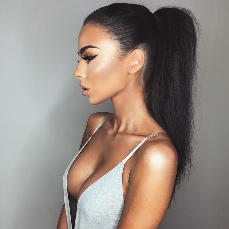 Sleek Ponytails Are So Overlooked They Can Make Any Outfit Look Effortlessly Chic And Take Barely Style Time I Always Use More Simple