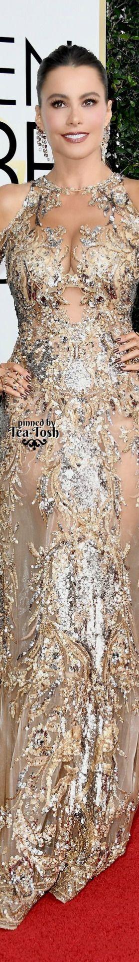❇Téa Tosh❇ Sofia Vergara, wearing a Zuhair Murad Couture dress with Lorraine Schwartz jewels. jαɢlαdy