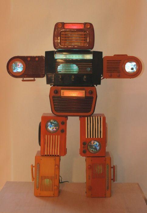 Bakelite Robot, Nam June Paik