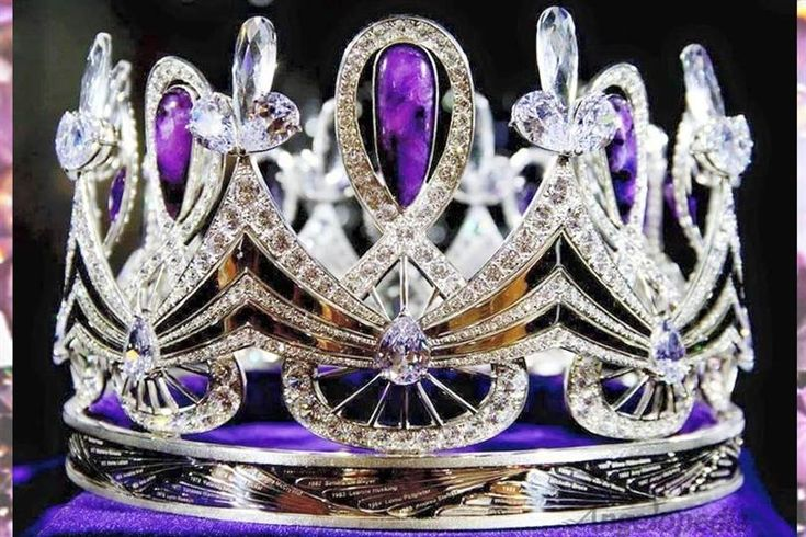 Miss South Africa 2016 new crown is truly an eye candy