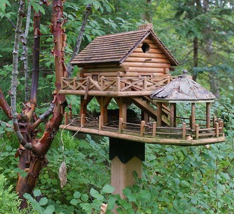Birdhouse treehouse! =)  Just need to enlarge this and make one for me!