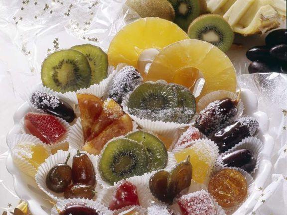 Kandierte Früchte ist ein Rezept mit frischen Zutaten aus der Kategorie Südfrucht. Probieren Sie dieses und weitere Rezepte von EAT SMARTER!