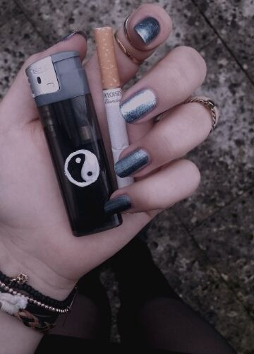 pretty cute light life white Grunge hand nails punk pastel ying yang cigarette pale pretty things pastel blog pale blog pale grunge paleness...