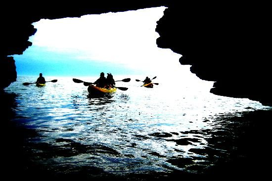 Cave Point County Park Kayak Tour with Door County Kayak Tours, LLC. Egg Harbor, WI