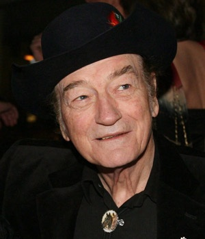 Canadian music legend Stompin' Tom Connors is shown Nov. 23, 2009. (Darren Calabrese/Canadian Press)