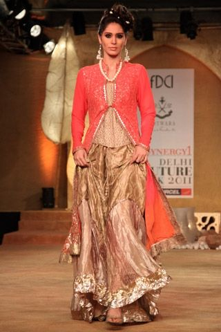 Kotwara by Meera and Muzaffar Ali http://www.vogue.in/content/how-dress-sangeet#4