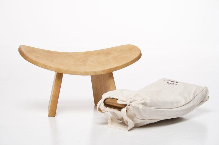 Tabouret de méditation conçu par Philippe Funez. / Meditation stool by Montreal designer Philippe Funez at his firm Bluecony. http://c2m.tl/1qZYH0q   #C2MTL #Montreal #craft #design