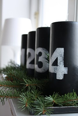Adventskaarsen, bedrukt met cijfer