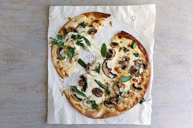 Pizza with mushroom and herbs, torn, simple pizza, flavour burst, sage leaves, sage, mushrooms, vegetarian food, vegetarian pizza, italian,