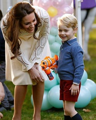 #NEW  The Duke And Duchess Of Cambridge With Their  Children Attend A Children Party At Government House In Victoria #katemiddleton #princesscharlotte #princegeorge