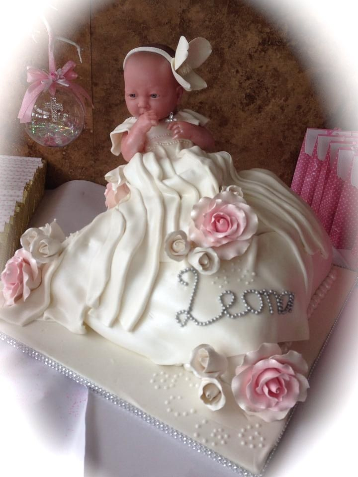 FREE one on one cake consultations are available by appointment only. FREE delivery and set up to selective areas. Taste testing is available. Extensive range of flavours. Audree Azzi Cake Artist Cut the Cake and Supplies www.cutthecakeand... Email: cutthecakeandsupp... Phone: 0420 995 679