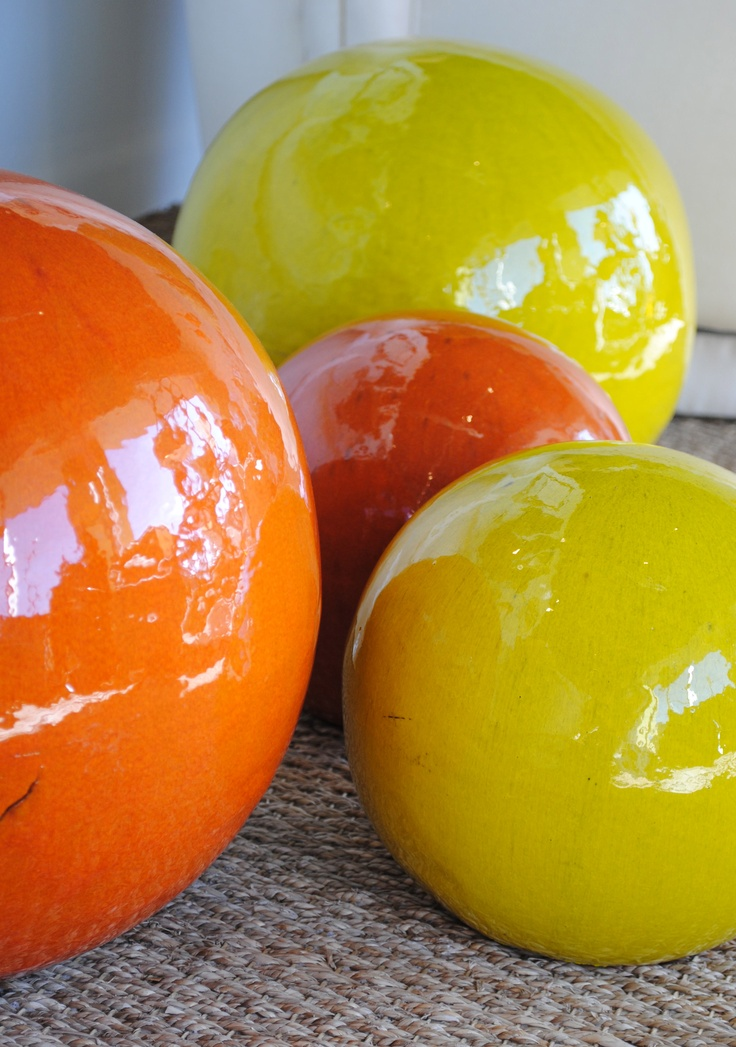citron ceramic garden spheres via shopslateinteriors - GORGEOUS