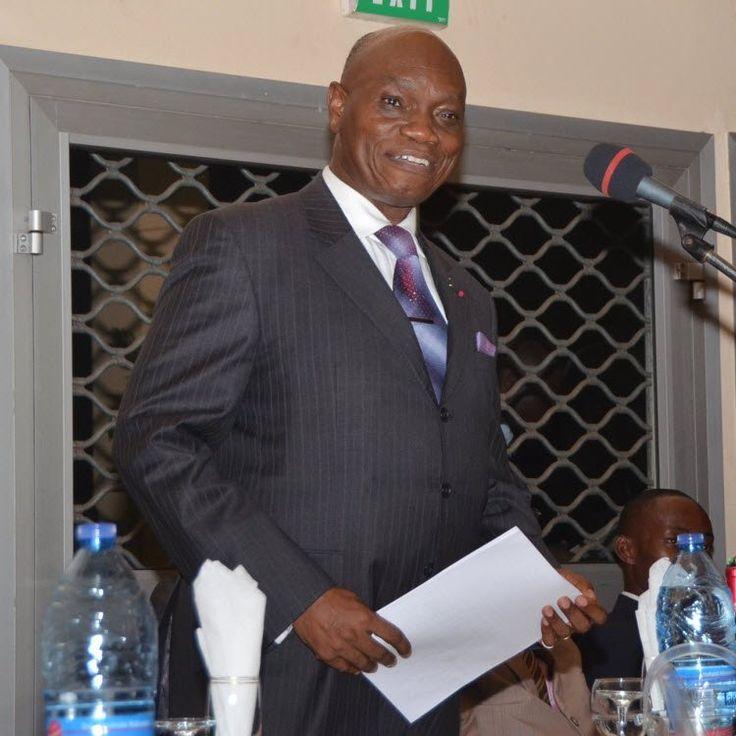 Le véhicule du Minader a été percuté par un grumier jeudi dernier, au lieu-dit Olembé II, à Yaoundé.  « Si vous connaissez ce monsieur, dites-l