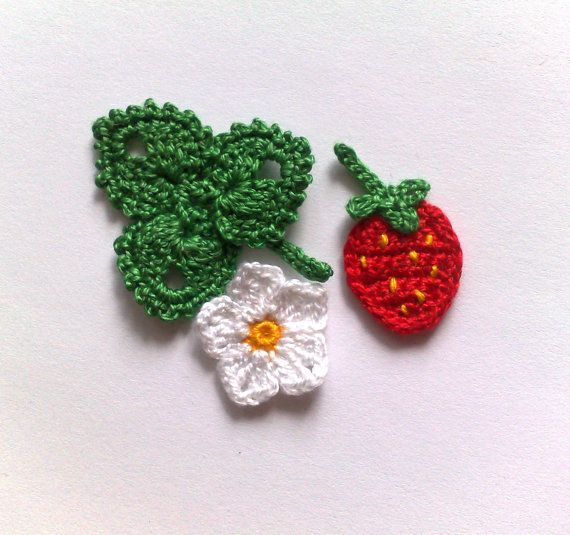Strawberry Leaf Knitting Pattern : 1000+ ideas about Crochet Strawberry on Pinterest ...
