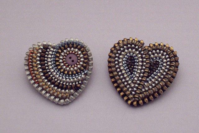 Zipper heart brooches (no tutorial)